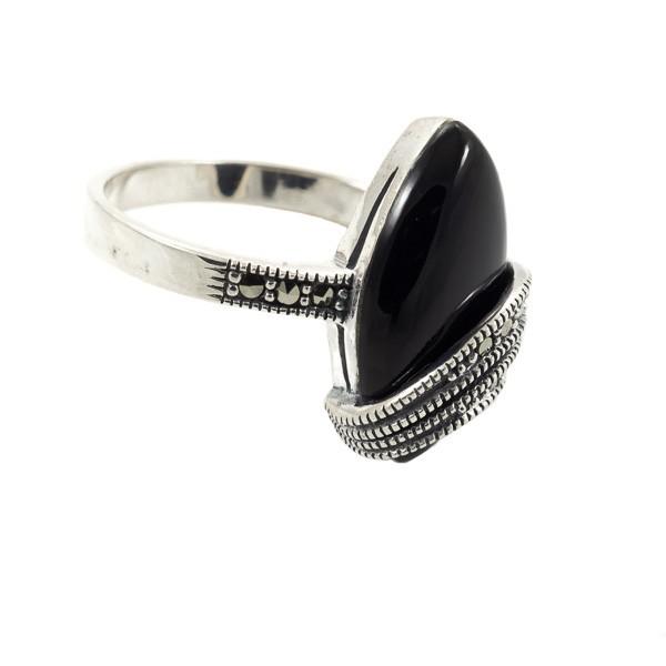 Sidabrinis žiedas su oniksu  RSA165 šonu