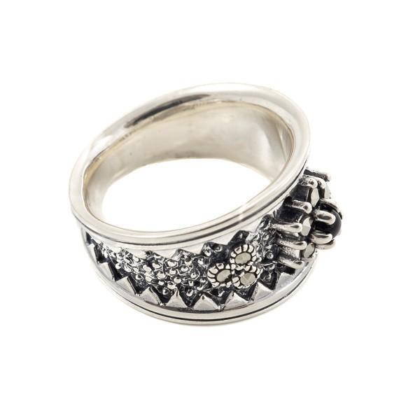 Sidabrinis žiedas su onikso akute RSA145 šonu