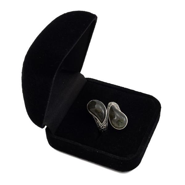 Sidabrinis žiedas su labradoritu RSA155 dėžutėje kampu paverstas